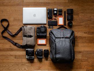 Mange dyre teknologiske ting såsom computere og kamerae